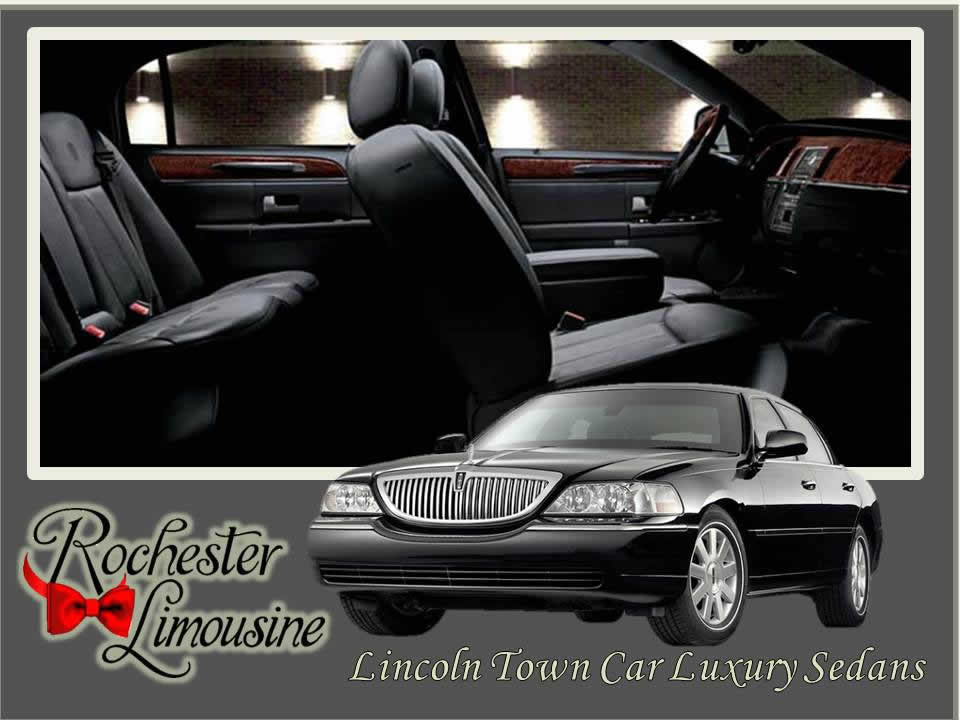 limo-rental-detroit-Lincoln-Town-Car-sm